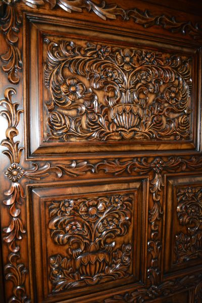 Carved Four Poster Bed
