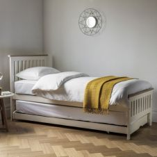 CLEARANCE Banbury Guest Bed (White) BF206