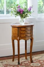 Walnut Side Table (Hampton) TW003