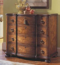 Tuscany Serpentine Chest