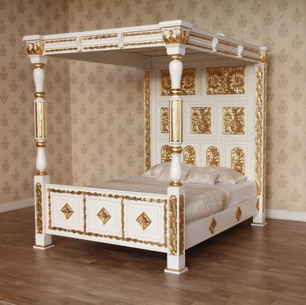Carved Four Poster Bed (B045W&G)