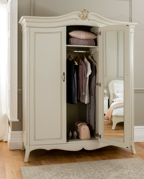 Example of Windsor Wardrobes