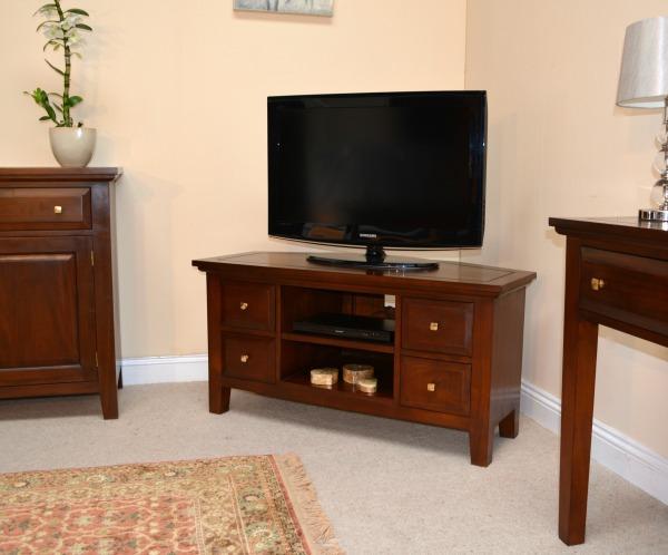 New York Corner mahogany TV stands