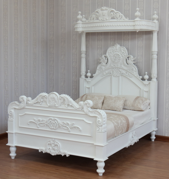 half tester canopy style bed in antique white in the 10% off Sale