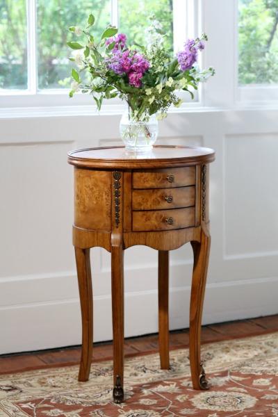 Classic Walnut Furniture Top 10 - No 1 - Hampton Walnut Side Table